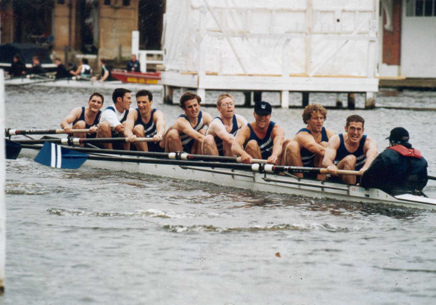 Thames Cup 'B' crew 2001 - click for enlarged view